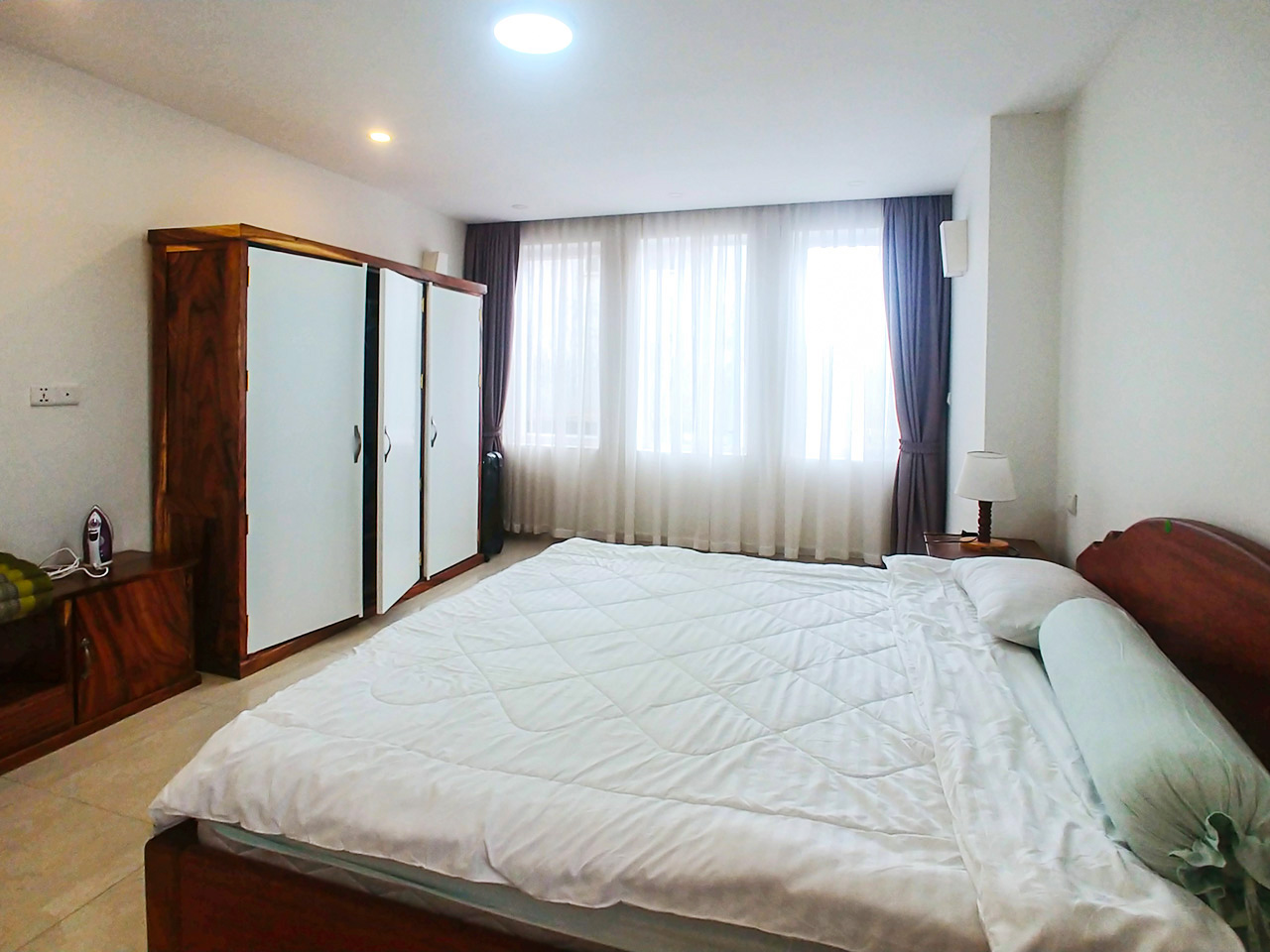 2 beds apartment for rent @ near Russian market
