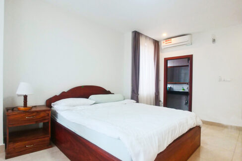 2 Beds Apartment For Rent @ Near Russian Market Img3