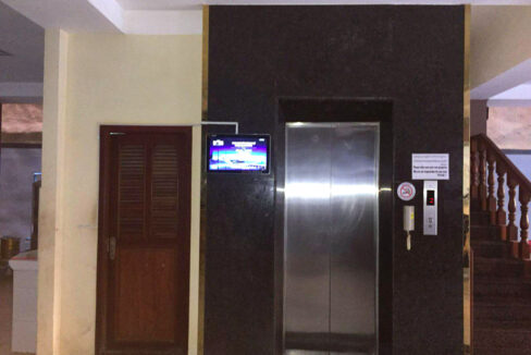 22 Beds Whole Apartment For Rent @ Toul Tumpoung Area Img3