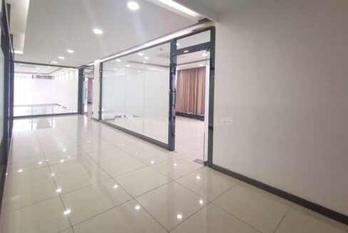 268 Sqm Office Space For Rent In Sangkat Toul Tumpong 2 Img1