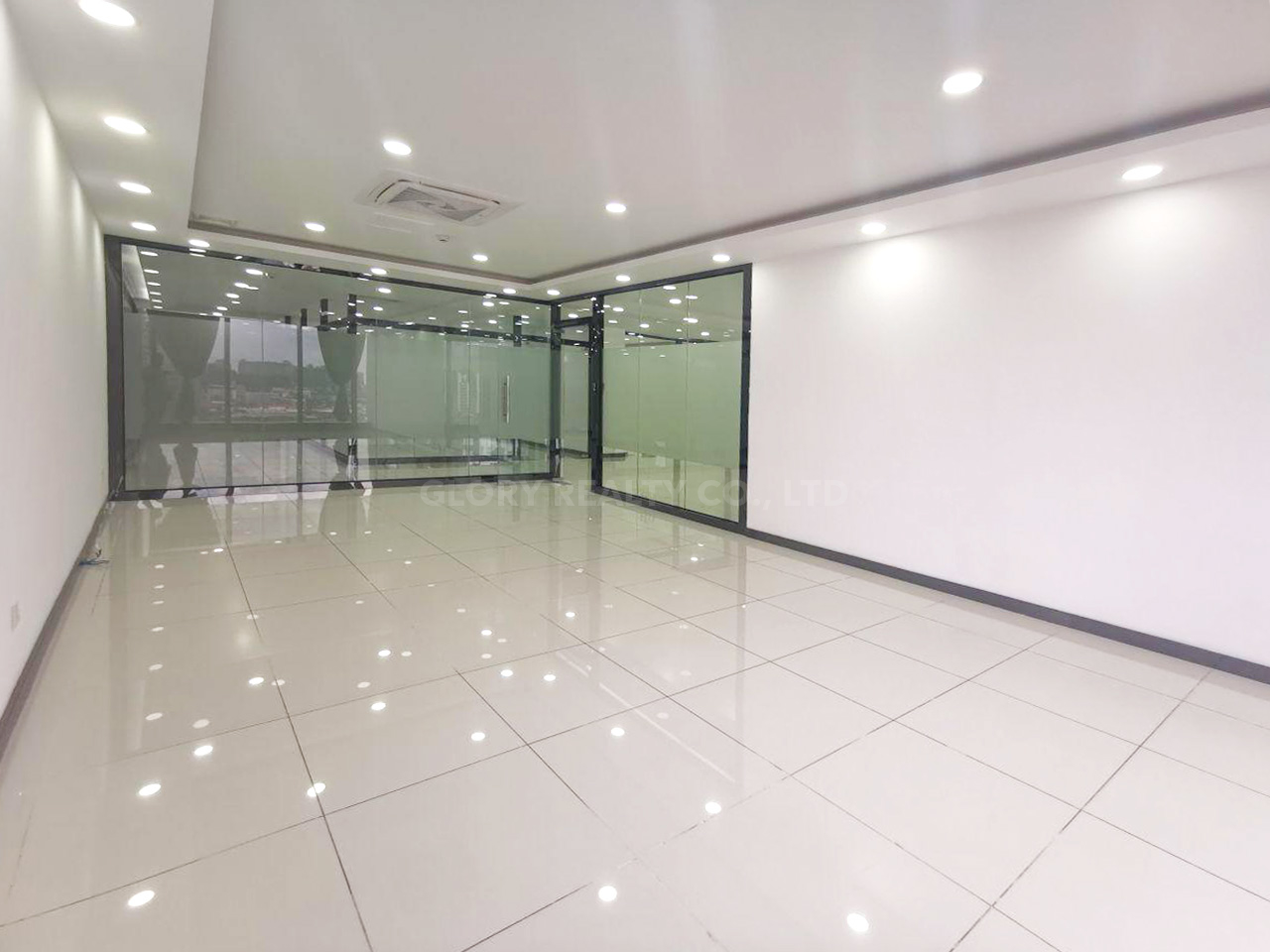 268 Sqm office space for rent in Sangkat Toul Tumpong 2