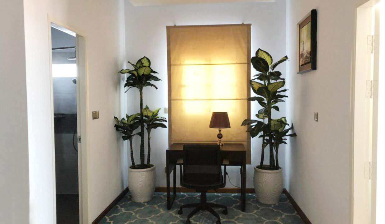 33 Bedrooms Boutique Hotel For Rent In Daun Penh Area Img3