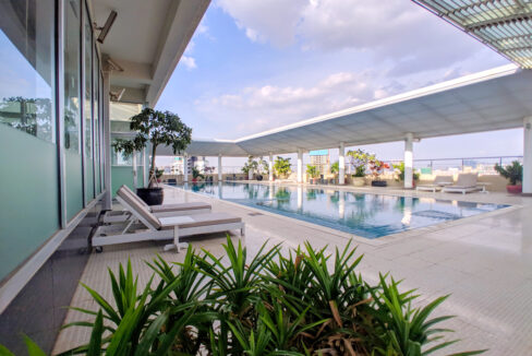 4 Beds Penthouse Apartment For Rent @ Tuol Kork Area Img1