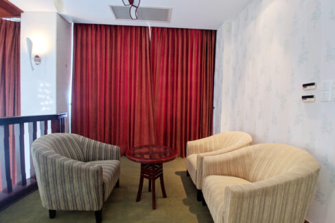 4 Beds Penthouse Apartment For Rent @ Tuol Kork Area Img11