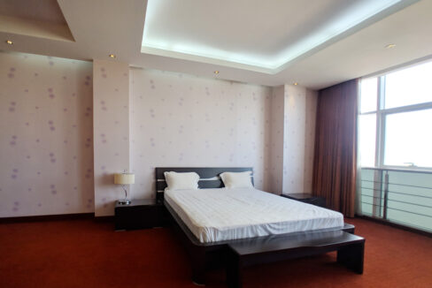 4 Beds Penthouse Apartment For Rent @ Tuol Kork Area Img15