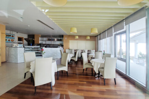 4 Beds Penthouse Apartment For Rent @ Tuol Kork Area Img19