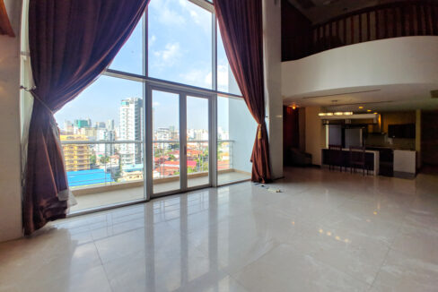 4 Beds Penthouse Apartment For Rent @ Tuol Kork Area Img4