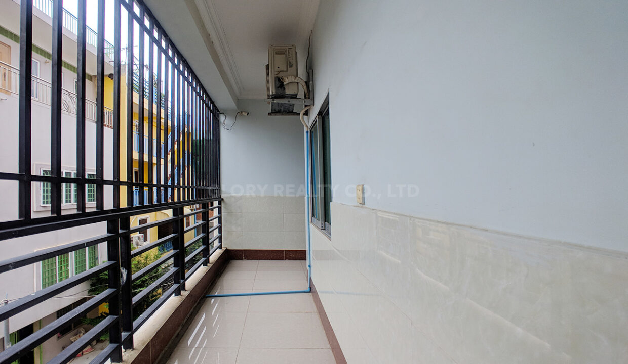46 Rooms Guesthouse For Rent @ Tuek Thla Area Img10