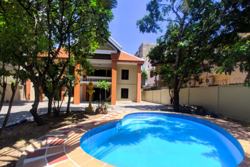 5 Bedrooms Villa With Pool For Rent @ Toul Kork Area Img1