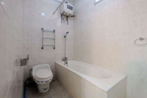 5 Bedrooms Villa With Pool For Rent @ Toul Kork Area Img12