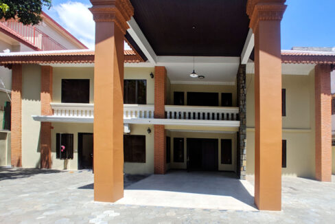 5 Bedrooms Villa With Pool For Rent @ Toul Kork Area Img4