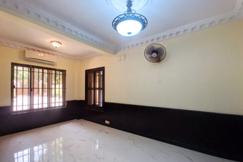 5 Bedrooms Villa With Pool For Rent @ Toul Kork Area Img5