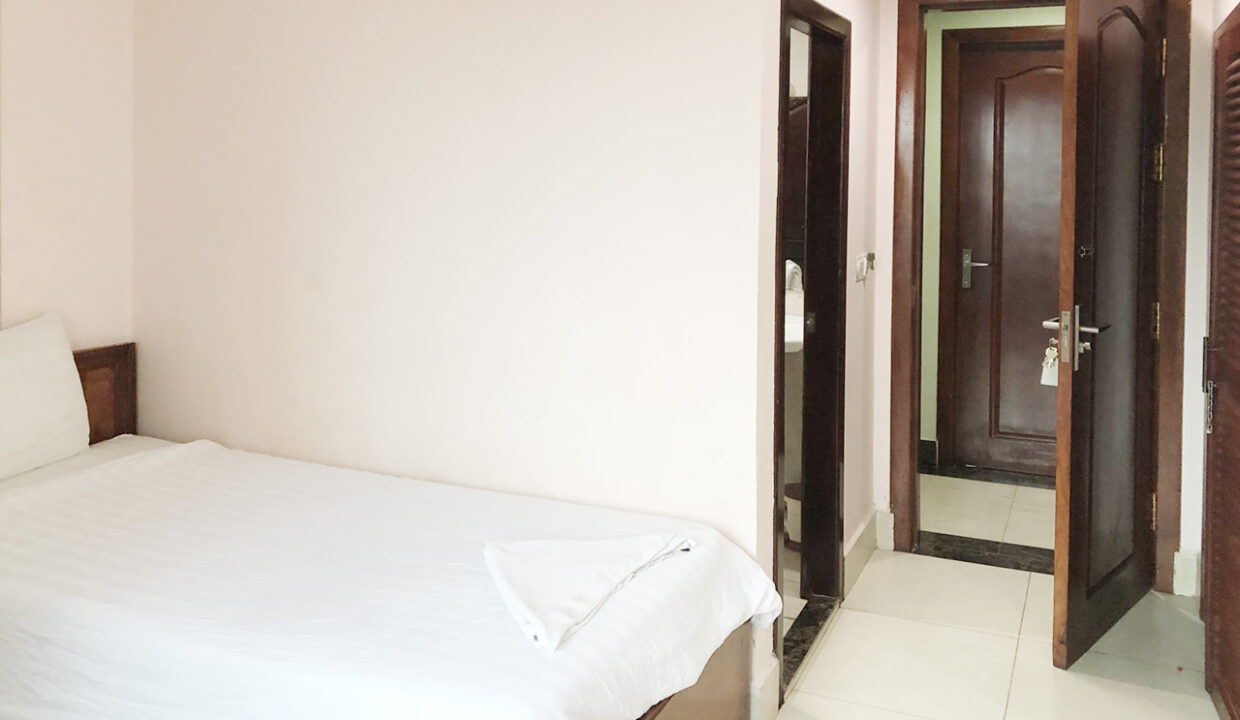 56 Room Hotel Building For Rent Situated In 7 Makara Area Img7