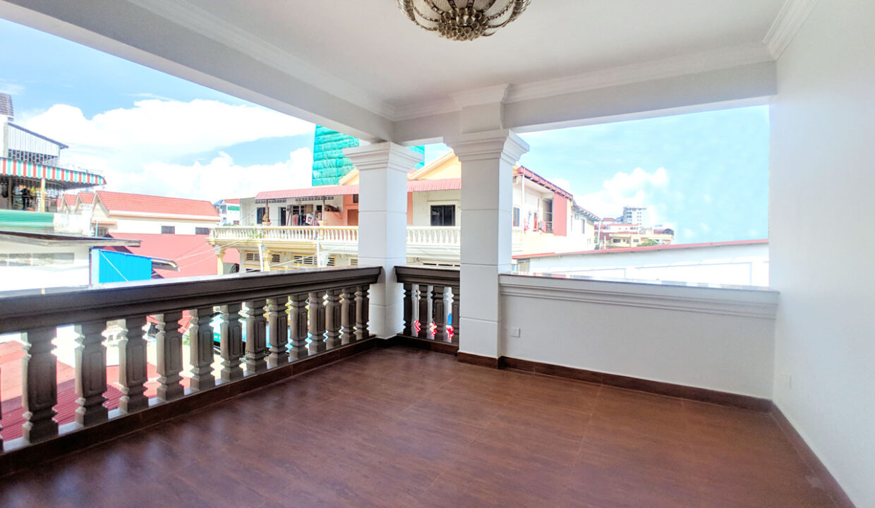 6 Bedrooms Villa For Rent @ Tuol Tumpoung 2 Area Img8