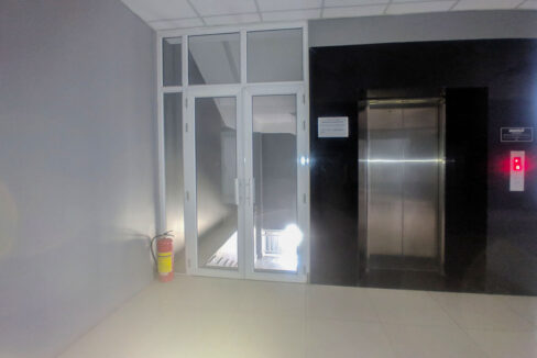 60 Sq M, Main Road Office Space For Rent @ BKK 1 Img3