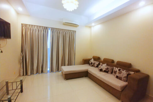 60 Room Apartment Building For Rent @ Toul Tumpoung Area Img1
