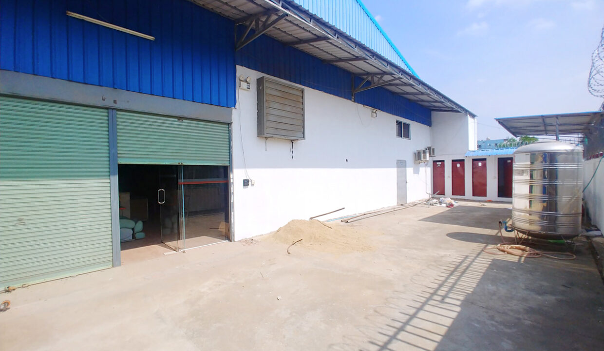 600 Sq M Warehouse For Rent Near AEON Mall 2 Img2
