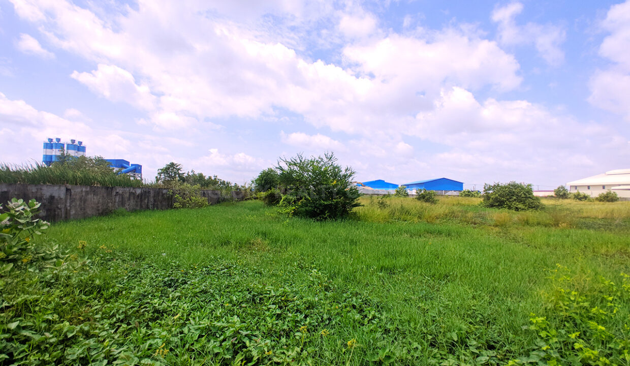 9909 SQM Potential Land For Sale @ Dangkao Commune Img1