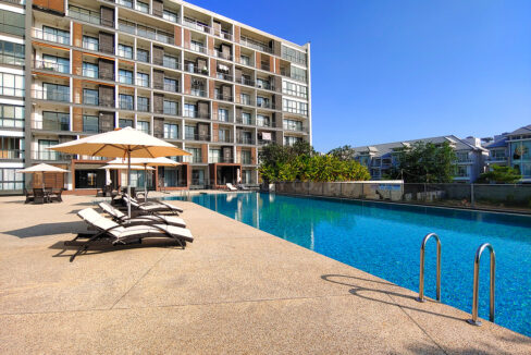 Amazing 2 Beds Condo With Garden, Pool For Rent Img14