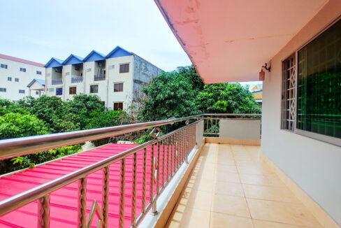 Big Playground Villa For Rent In Tuek Thla Area Img12