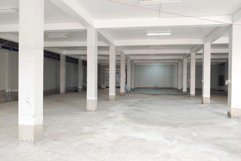 Brand New High Standard 2 Storeys Warehouse For Rent Img3