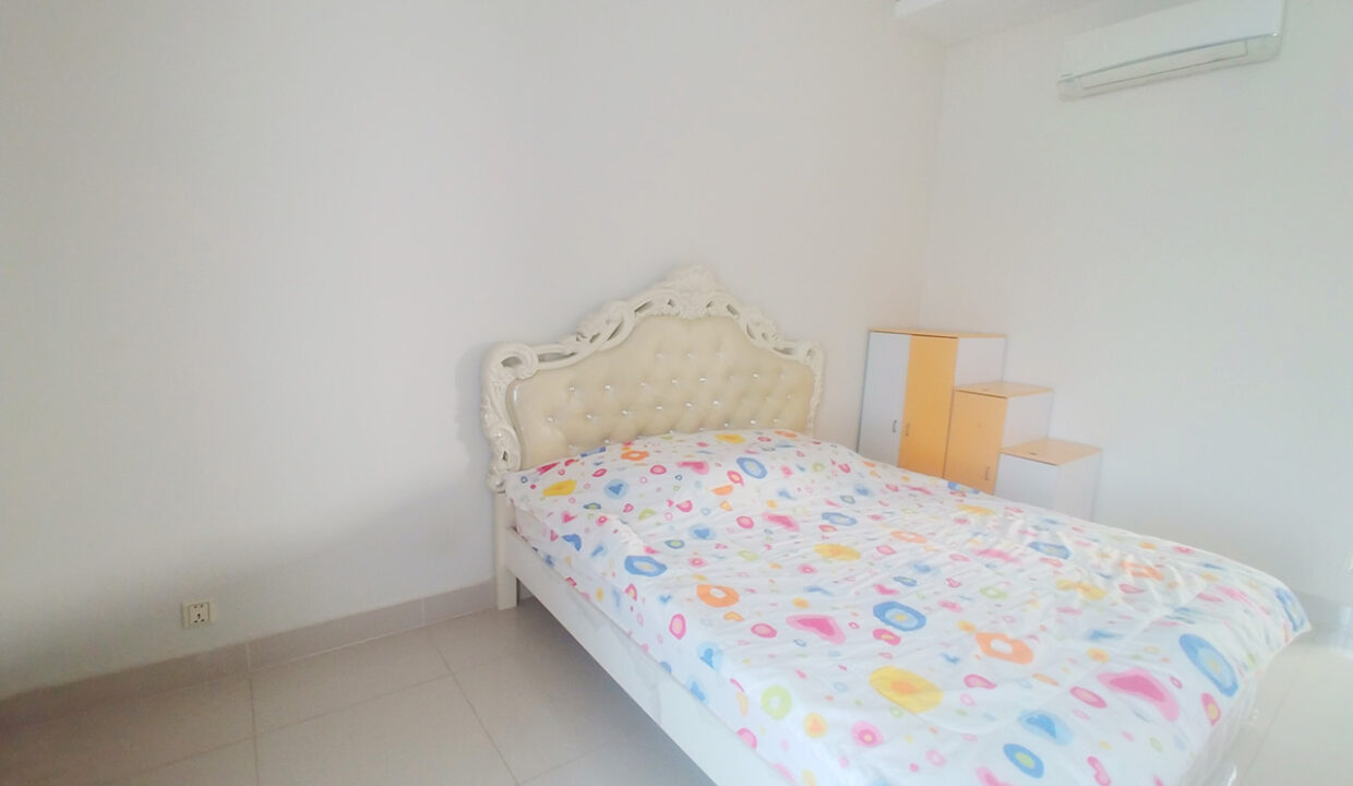 Fully Furnished 5 Bedrooms Flat House For Rent 300 M To AEON Mall II Img1