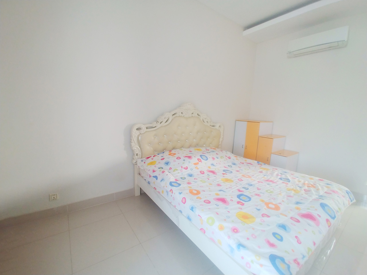 Fully furnished 5 bedrooms flat house for rent 300 m to AEON Mall II