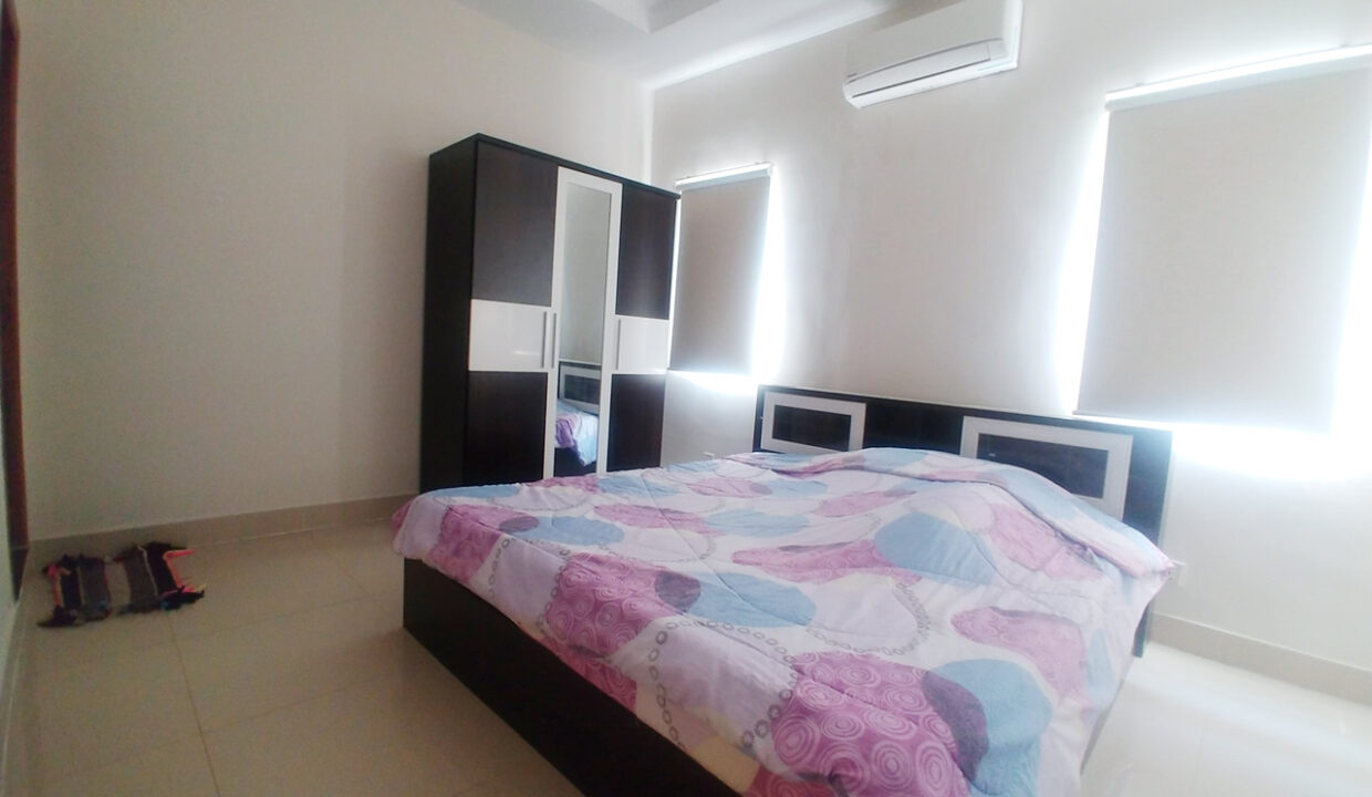Fully Furnished 5 Bedrooms Flat House For Rent 300 M To AEON Mall II Img3