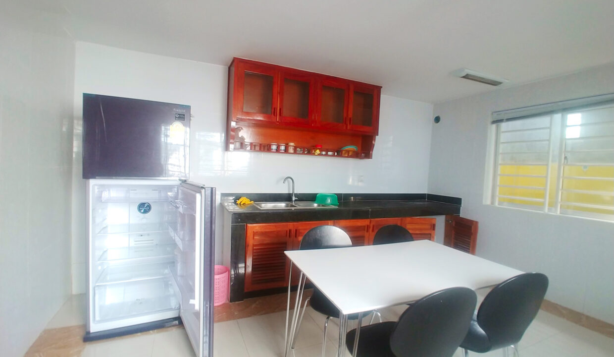 Fully Furnished 5 Bedrooms Flat House For Rent 300 M To AEON Mall II Img6