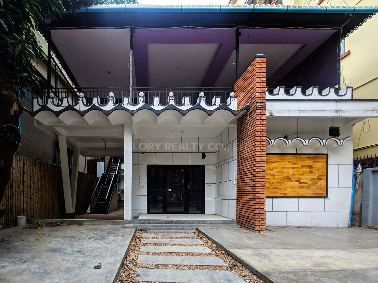 House for rent near Independence Monument in Tonle Bassak area