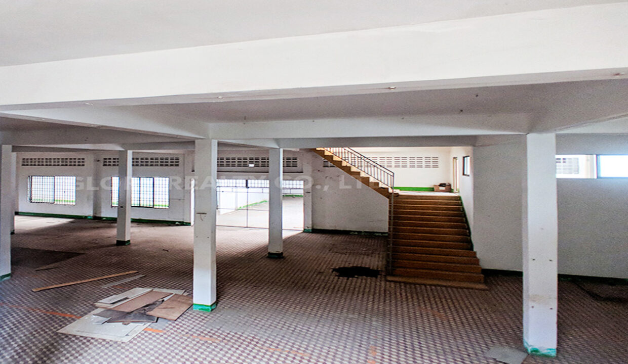 Main Road Business Warehouse For Rent Near AEON Mall 2 Img4