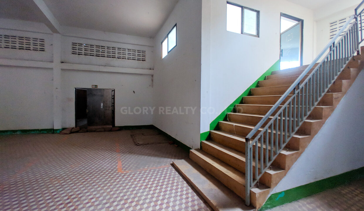 Main Road Business Warehouse For Rent Near AEON Mall 2 Img5