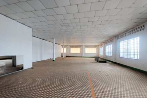 Main Road Business Warehouse For Rent Near AEON Mall 2 Img6