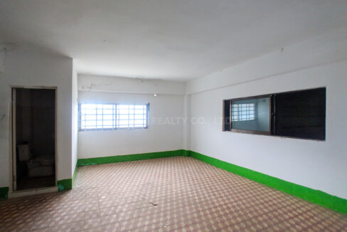 Main Road Business Warehouse For Rent Near AEON Mall 2 Img7