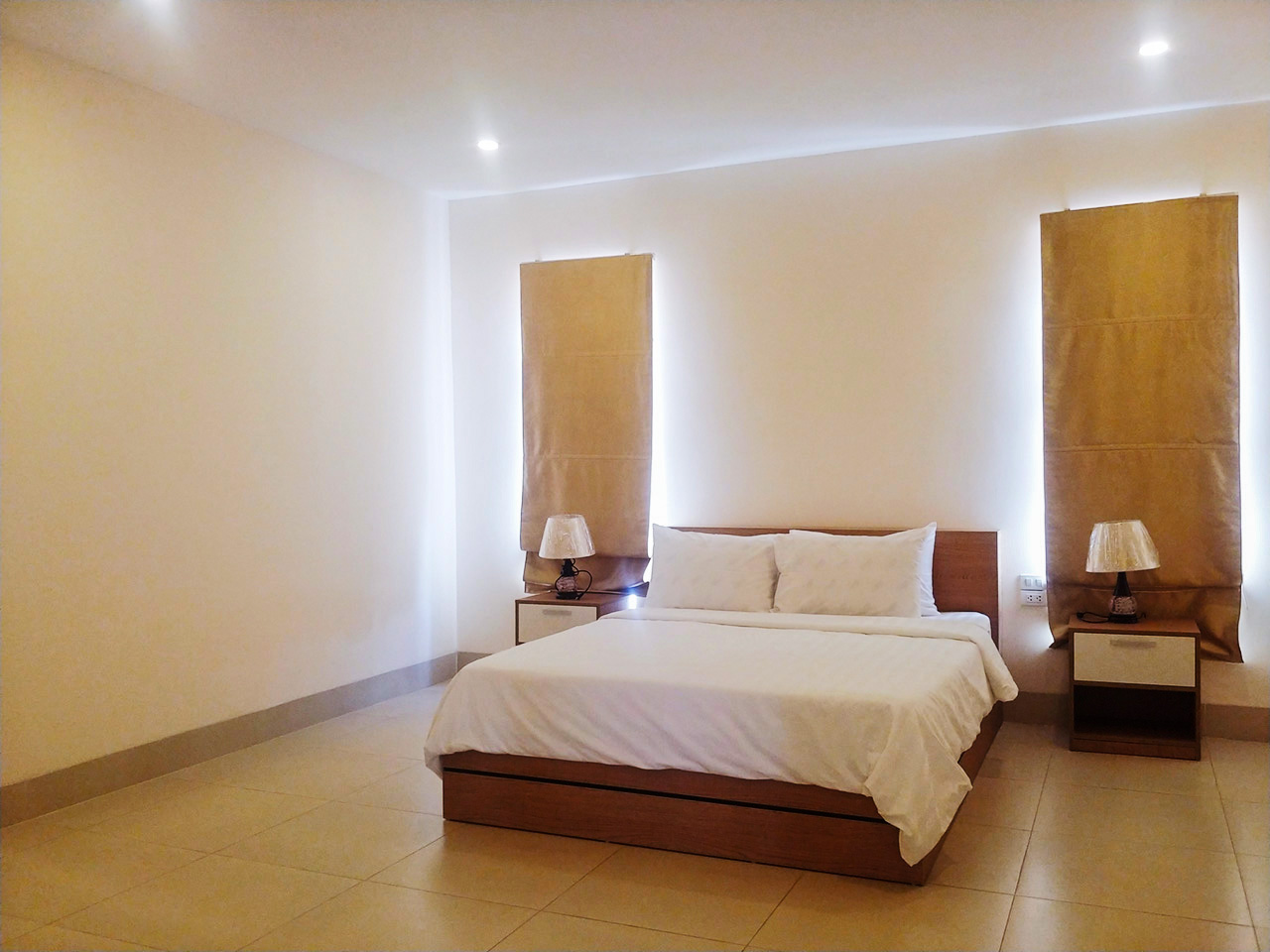 Nice and clean 2 beds apartment for rent @ Boeung Raing