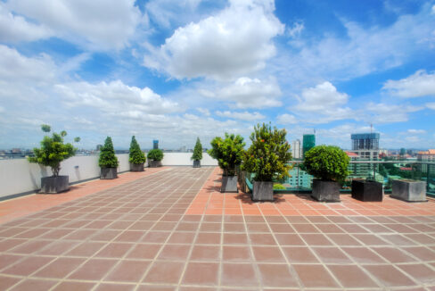 The Stunning 1 Bedroom Apartment For Rent @ Toul Kork Img10