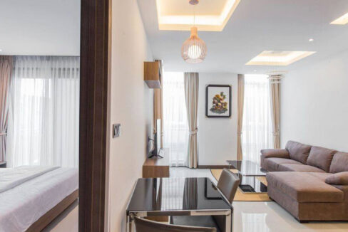 The Stunning 1 Bedroom Apartment For Rent @ Toul Kork Img4
