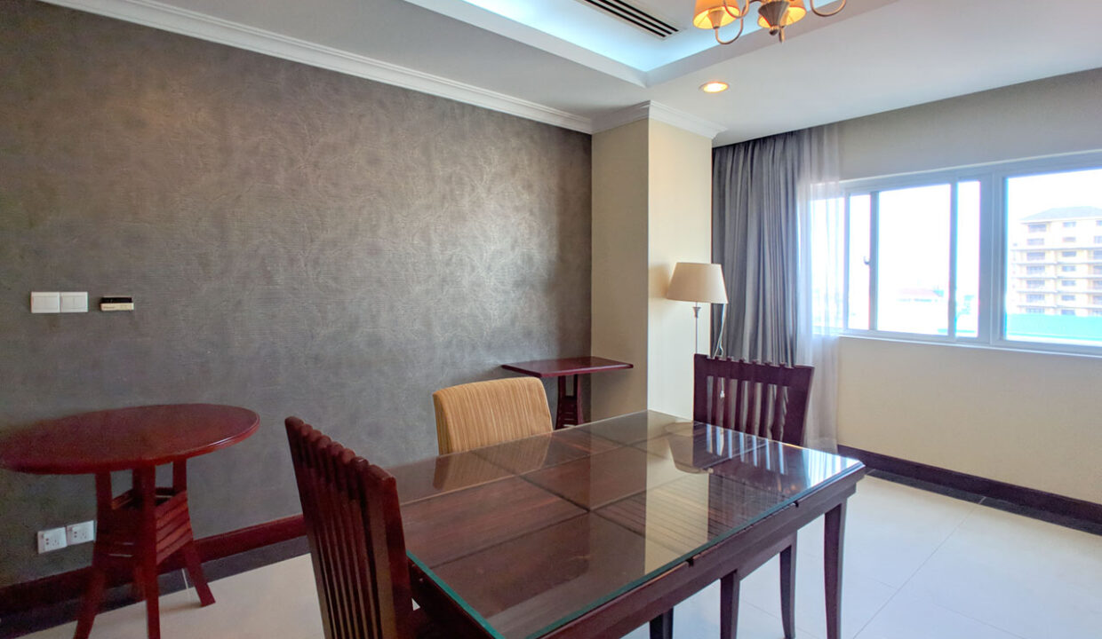 The Stunning 3 Beds Apartment For Rent @ Toul Kork Area Img1
