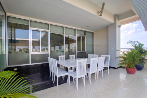The Stunning 3 Beds Apartment For Rent @ Toul Kork Area Img10