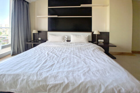 The Stunning 3 Beds Apartment For Rent @ Toul Kork Area Img2