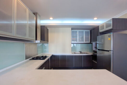 The Stunning 3 Beds Apartment For Rent @ Toul Kork Area Img5
