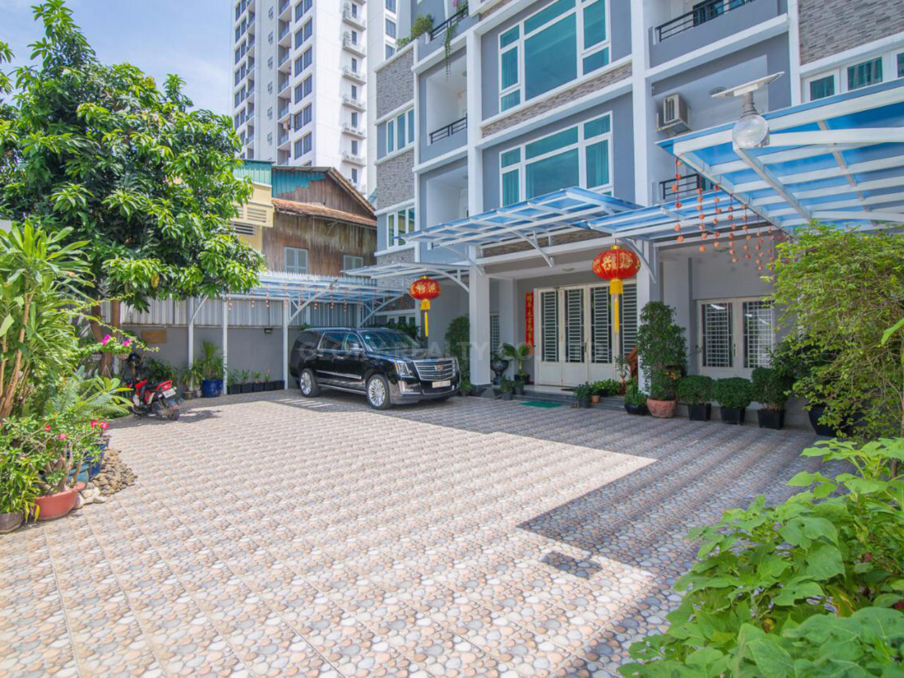 The whole 15-room apartment for rent @ BKK 3