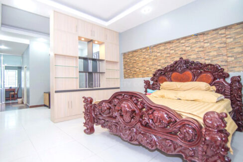 The Whole 15 Room Apartment For Rent @ BKK 3 Img10