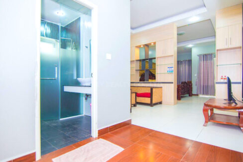 The Whole 15 Room Apartment For Rent @ BKK 3 Img7