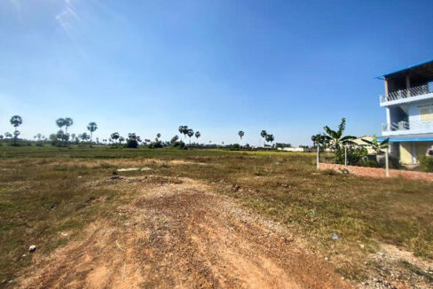 5.4 Hectares Land For Sale Kampong Speu Province Img1