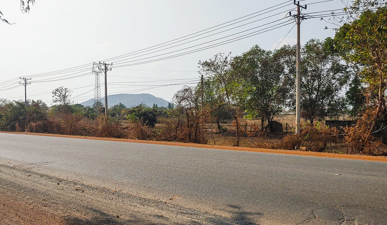 5.7 Hectares Land For Sale Along NR4, Kampong Speu Img1