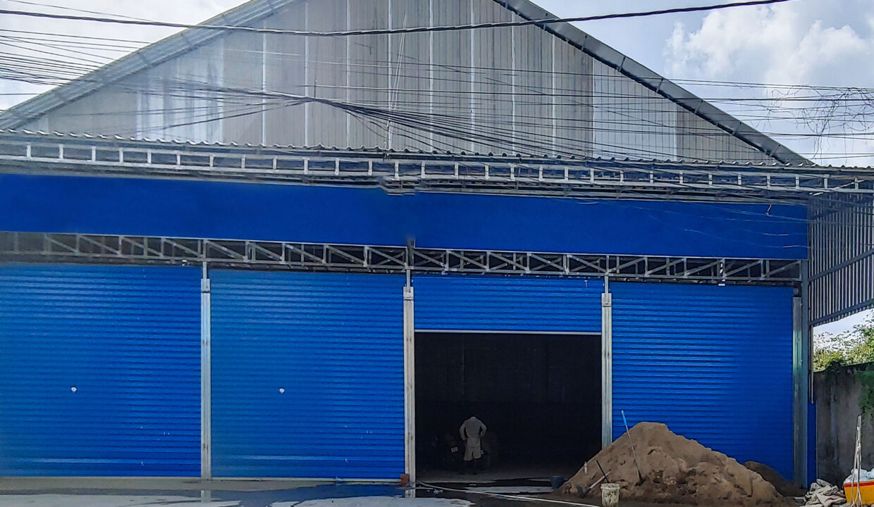 600 Sq.m Business Warehouse For Rent Next To 598 Street Img1