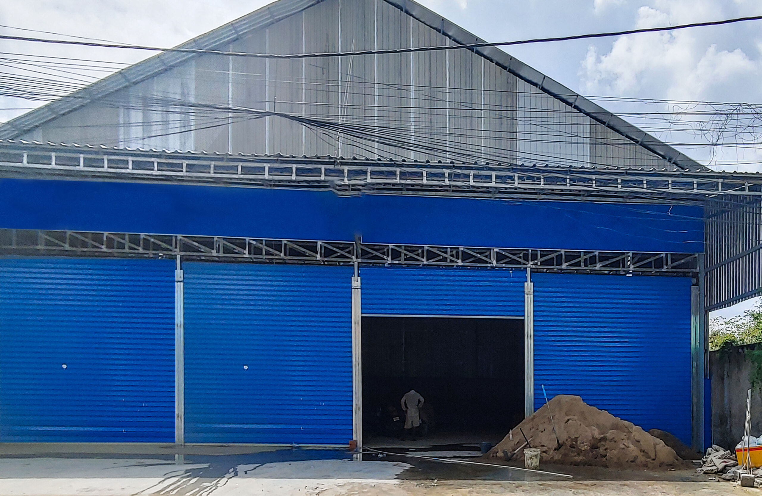 600 Sq.m Business Warehouse for Rent – Next to 598 Street