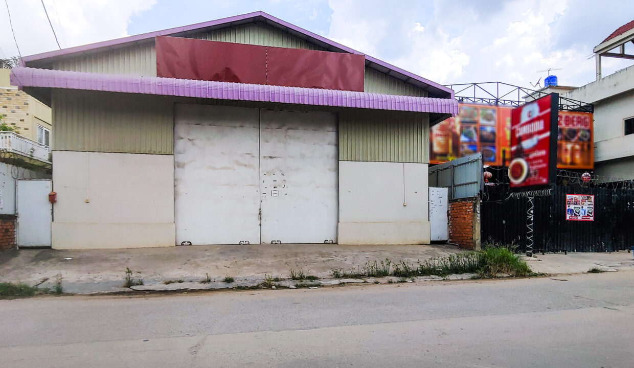 468 Sq.m Warehouse For Rent With A Big Road Access Img2