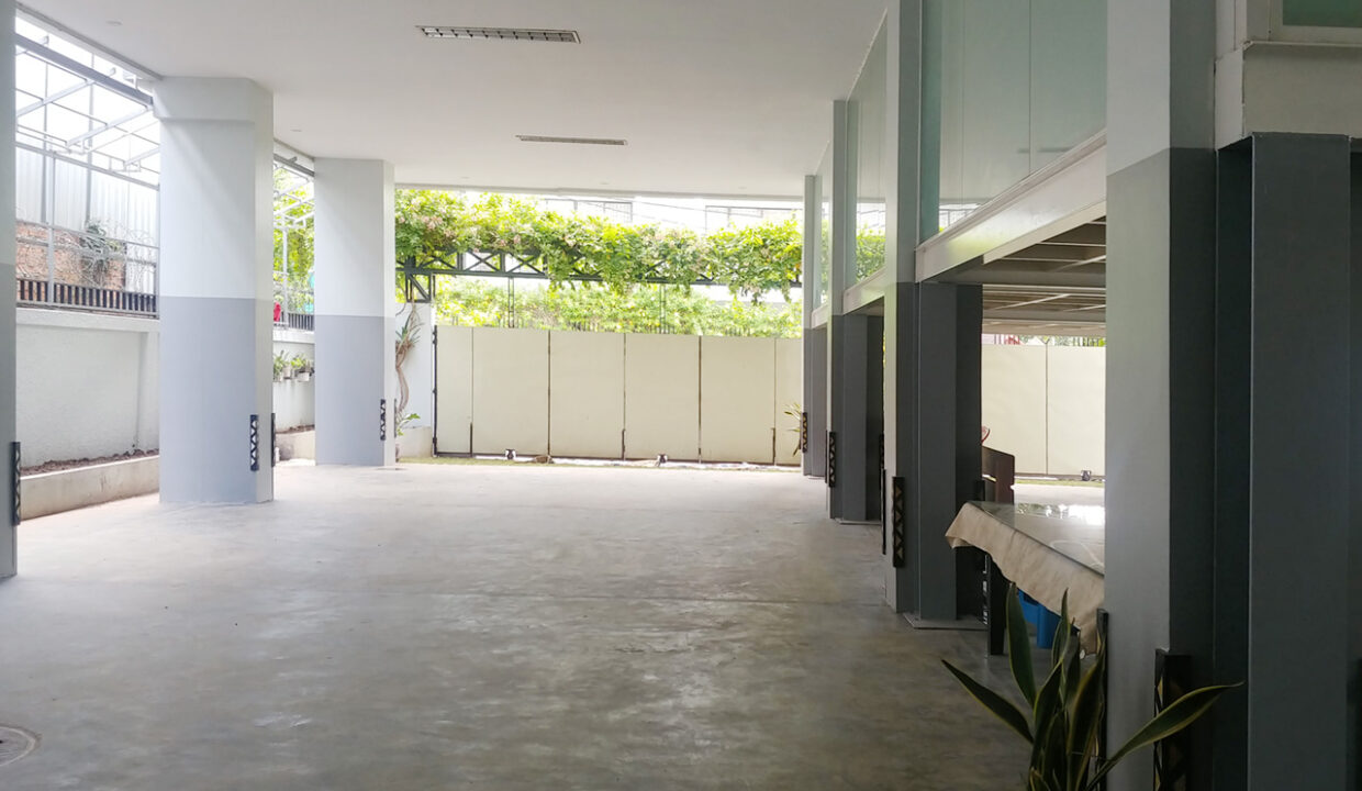 38 Room Apartment Building For Rent @ Chamkarmon Img12